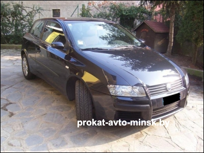 Прокат хетчбэка FIAT Stilo в Минске без водителя