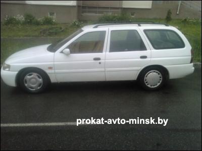 Прокат универсала FORD Escort в Минске без водителя