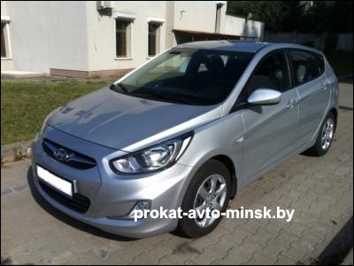 Прокат хетчбэка HYUNDAI Accent в Минске без водителя