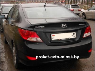 Прокат седана HYUNDAI Accent в Минске без водителя