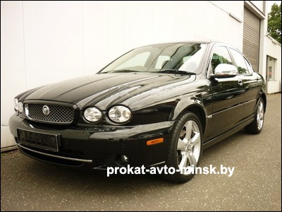 Прокат седана JAGUAR X-Type в Минске без водителя