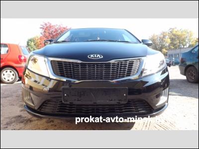 Прокат седана KIA Rio в Бресте без водителя