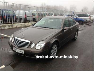 Прокат седана MERCEDES E-klasse (W211) в Минске без водителя