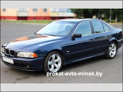 Прокат седана BMW 5-reihe (E39) в Минске без водителя