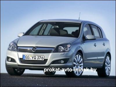Прокат хетчбэка OPEL Astra в Минске без водителя
