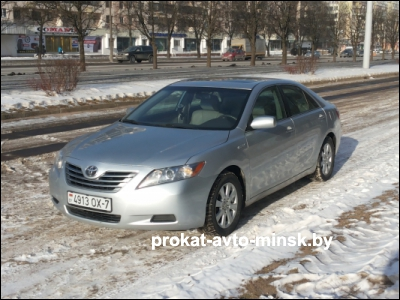 Аренда седана TOYOTA Camry в Минске с водителем