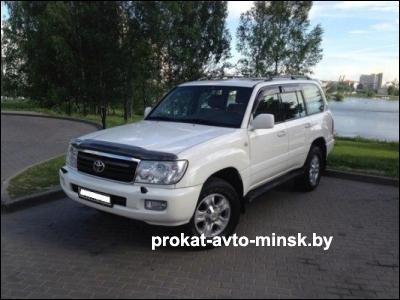 Аренда внедорожника TOYOTA Land Cruiser в Минске с водителем