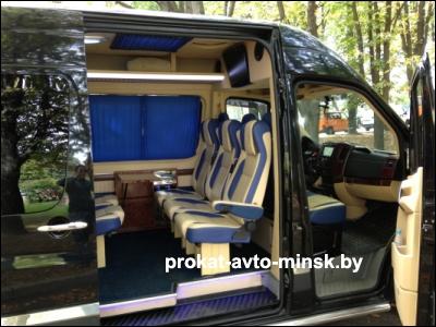 Аренда седана VOLKSWAGEN Crafter в Минске с водителем