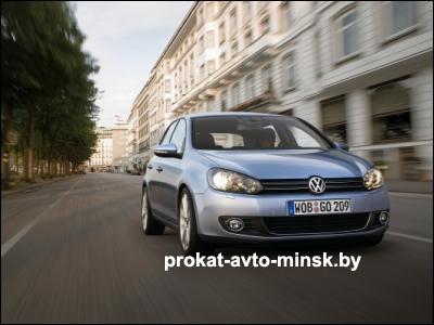 Прокат хетчбэка VOLKSWAGEN Golf в Минске без водителя