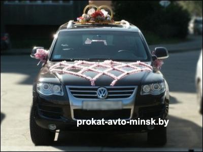 Аренда внедорожника VOLKSWAGEN Touareg в Минске с водителем