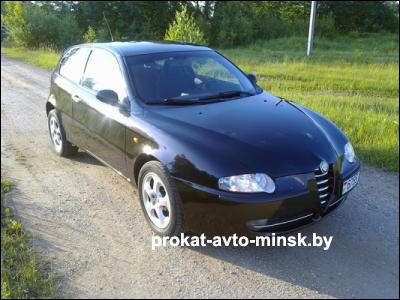 Прокат хетчбэка ALFA ROMEO 147 в Минске без водителя