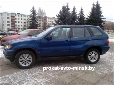 Аренда внедорожника BMW X5 в Минске с водителем