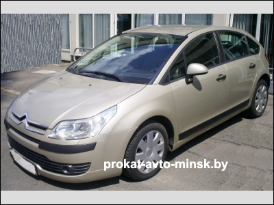 Прокат хетчбэка CITROEN C4 в Минске без водителя